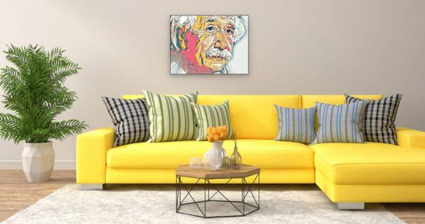 Albert Einstein (Effektbild) über Wohnzimmer Couch